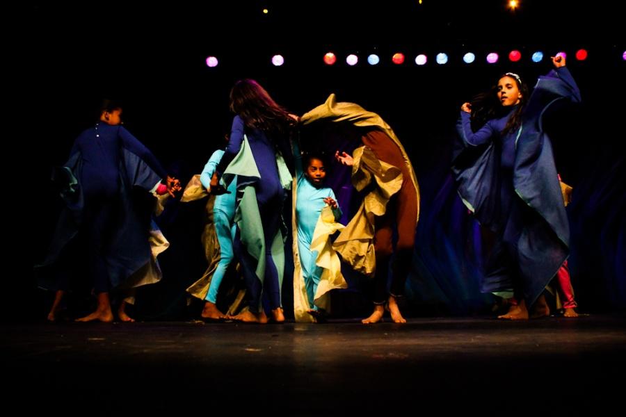 Doroty Marques e a Turma Que Faz no palco do X Encontro | Foto de Anne Vilela