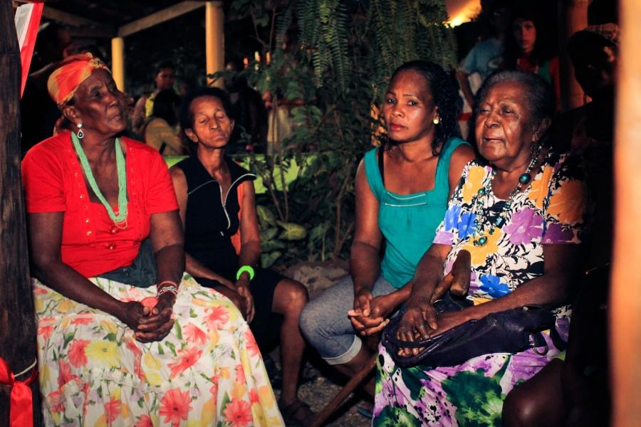 Hasteamento do Mastro do Divino Espirito Santo da Comunidade Quilombola do Sitio Histórico Kalunga | Foto de Anne Vilela